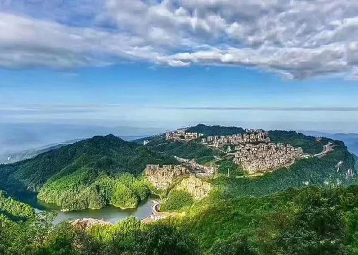 Гуйчжоу лебедь замок лесопарк